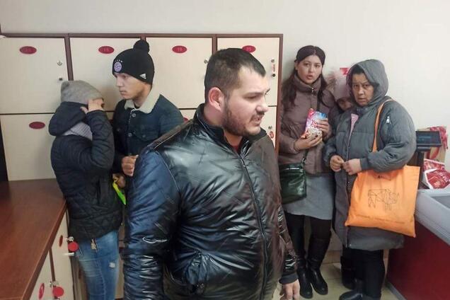У Києві на вокзалі спіймали банду ромів-грабіжників