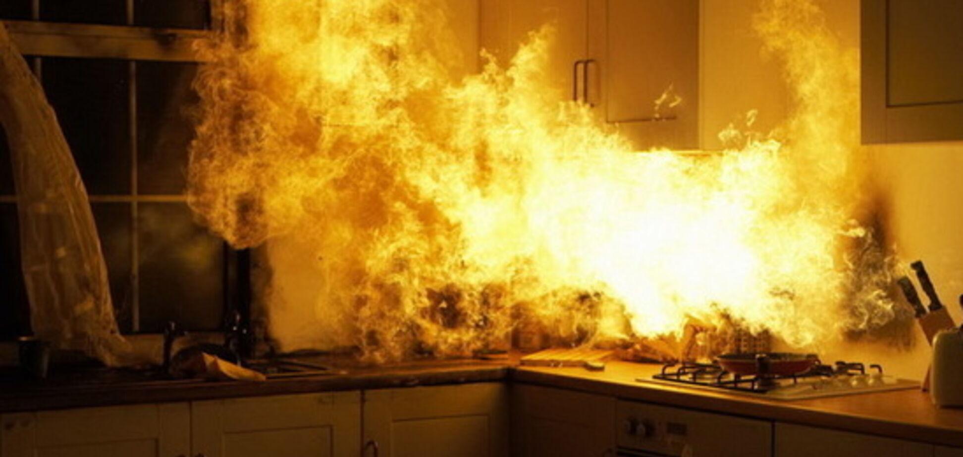 На Днепропетровщине в результате пожара погиб мужчина. Фото с места ЧП