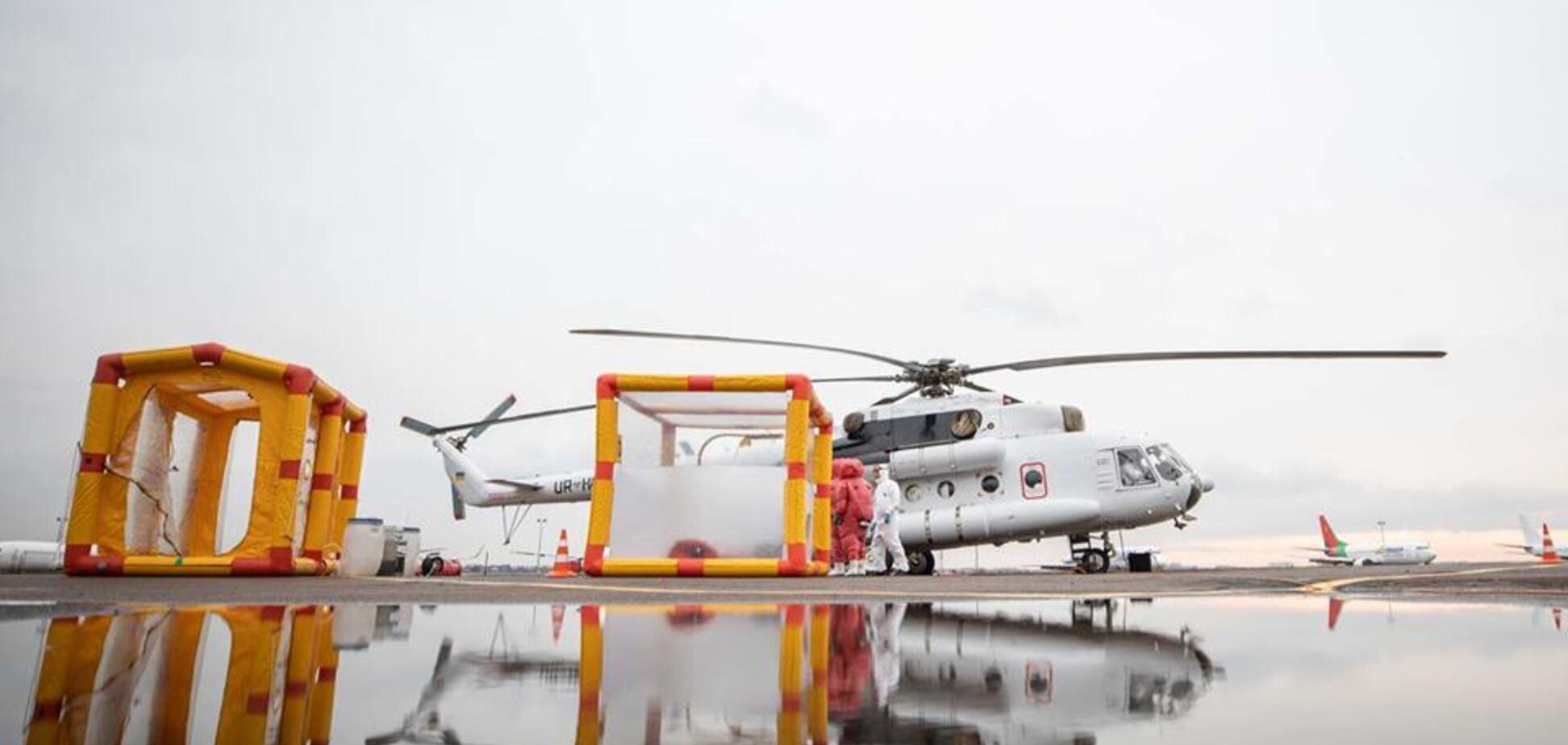 Аваков показав вертоліт для транспортування хворих на коронавірус. Фото