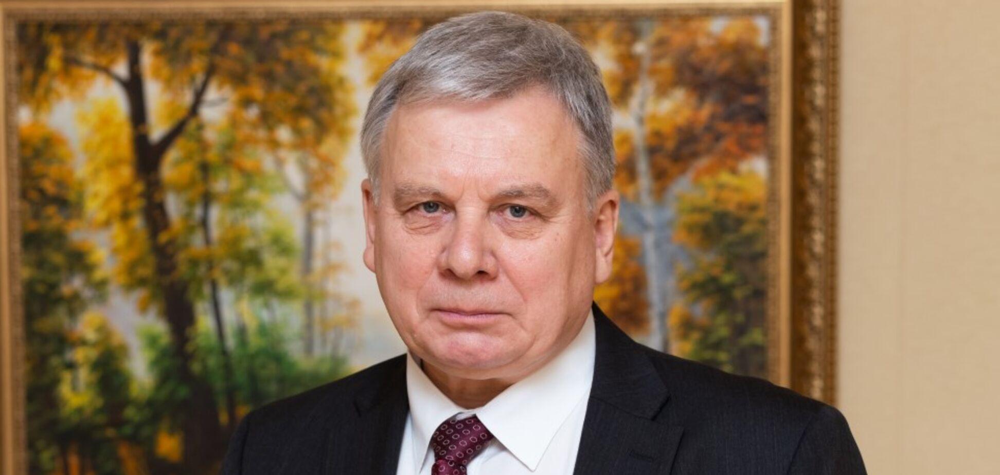 Зеленский сменит министра обороны: всплыли скандальные детали о кандидате