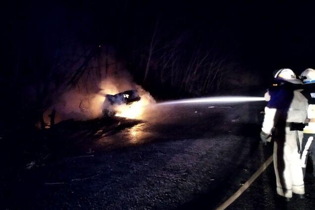 Автомобіль BMW злетів у кювет