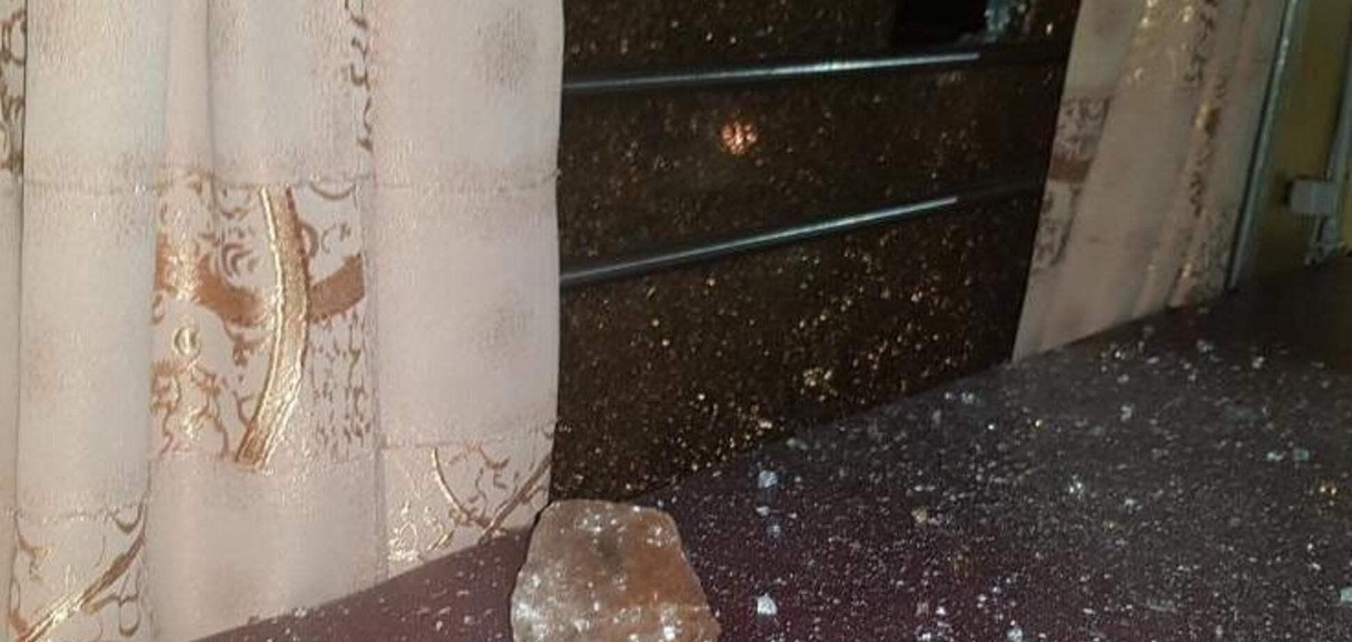 Поїзд Львів – Москва закидали камінням. Відео НП