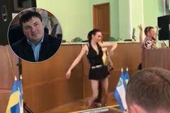 Эротические танцы в Херсонской ОГА: чиновники знали о полуголых девушках. Эксклюзив