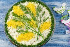 Салат 'Мимоза' по-новому: необычайно вкусный и оригинальный рецепт