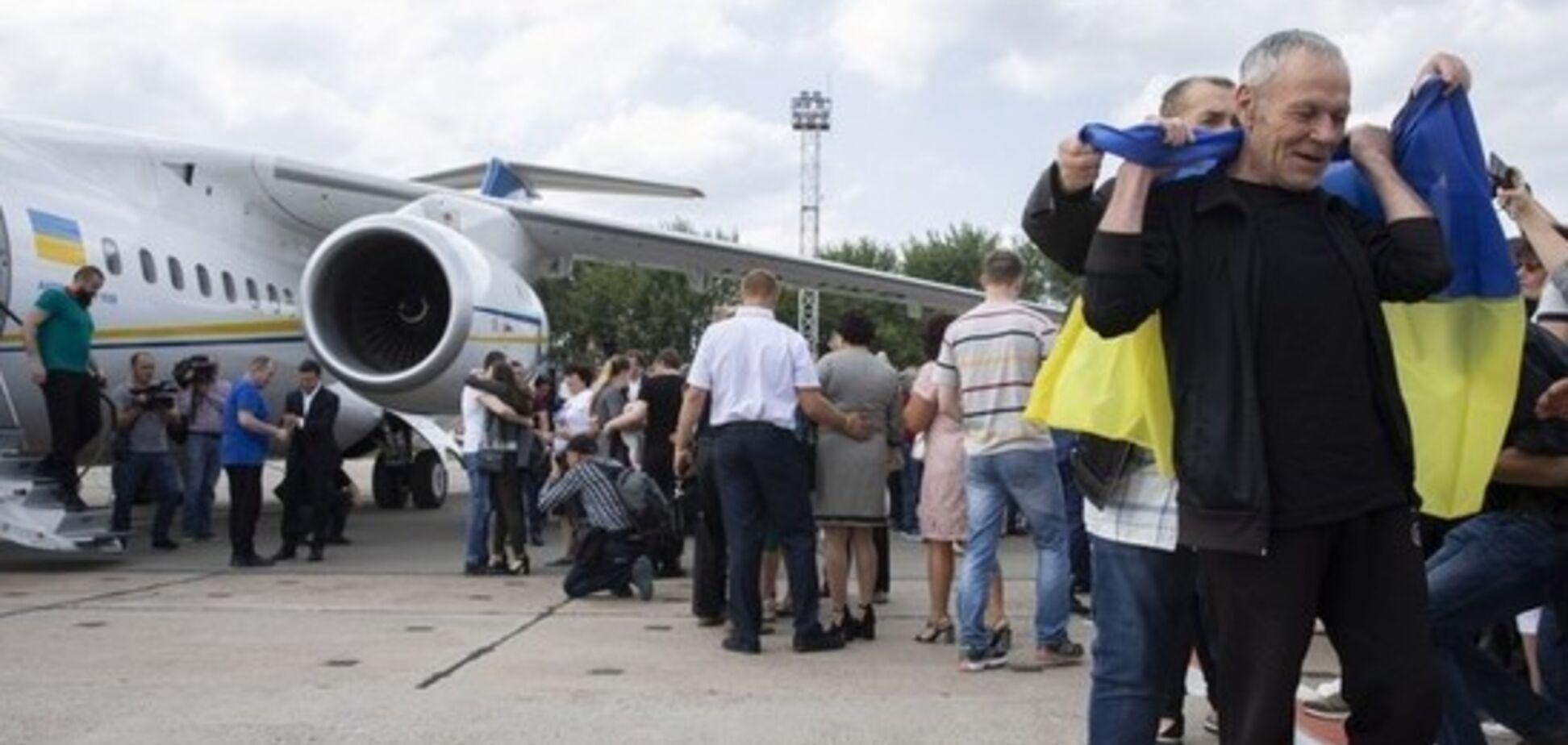 ТКГ в Минске договорилась об обмене пленными и разведении сил на Донбассе
