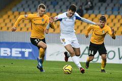 'Динамо' в тяжелейшем матче вышло в полуфинал Кубка Украины