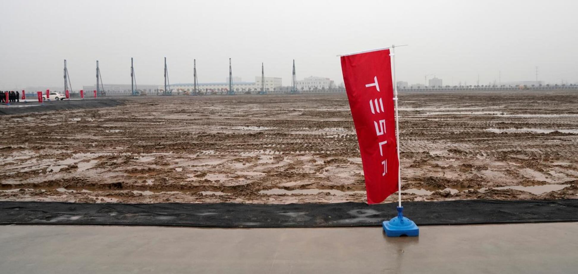 Tesla построит в США завод по производству Cybertruck: что известно