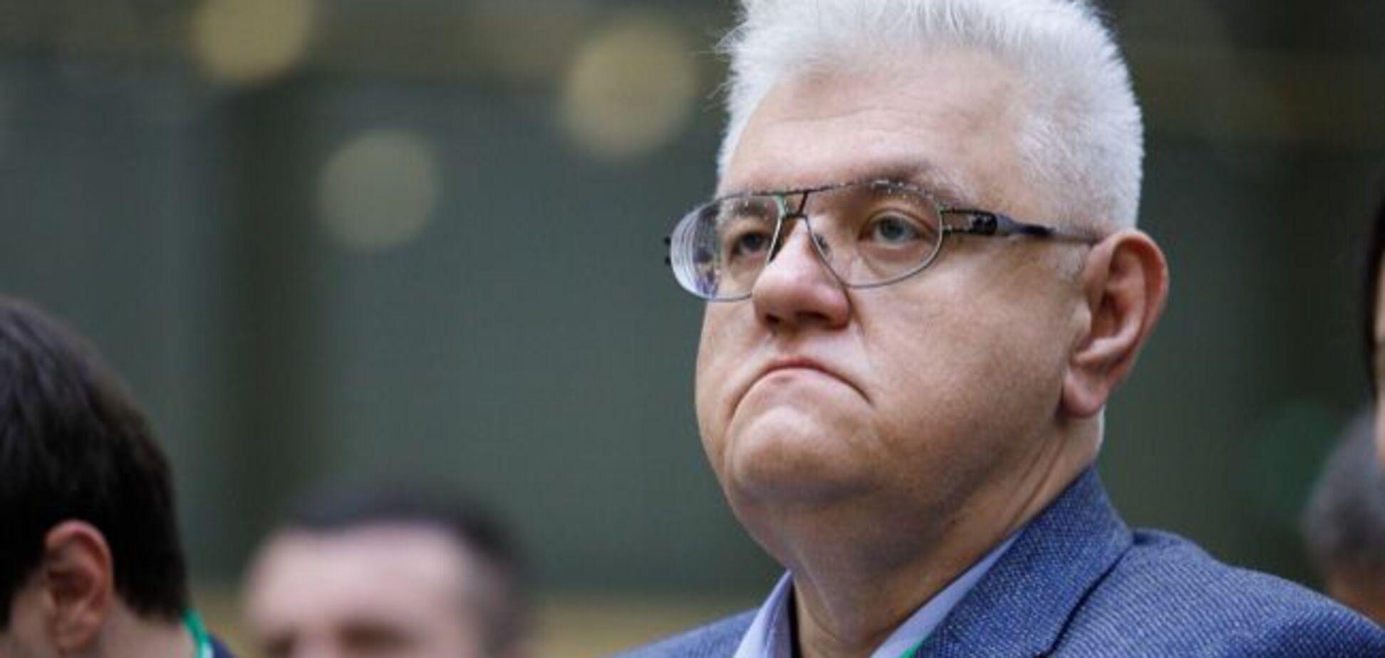 Украинцы в фотожабах высмеяли падение Сивохо