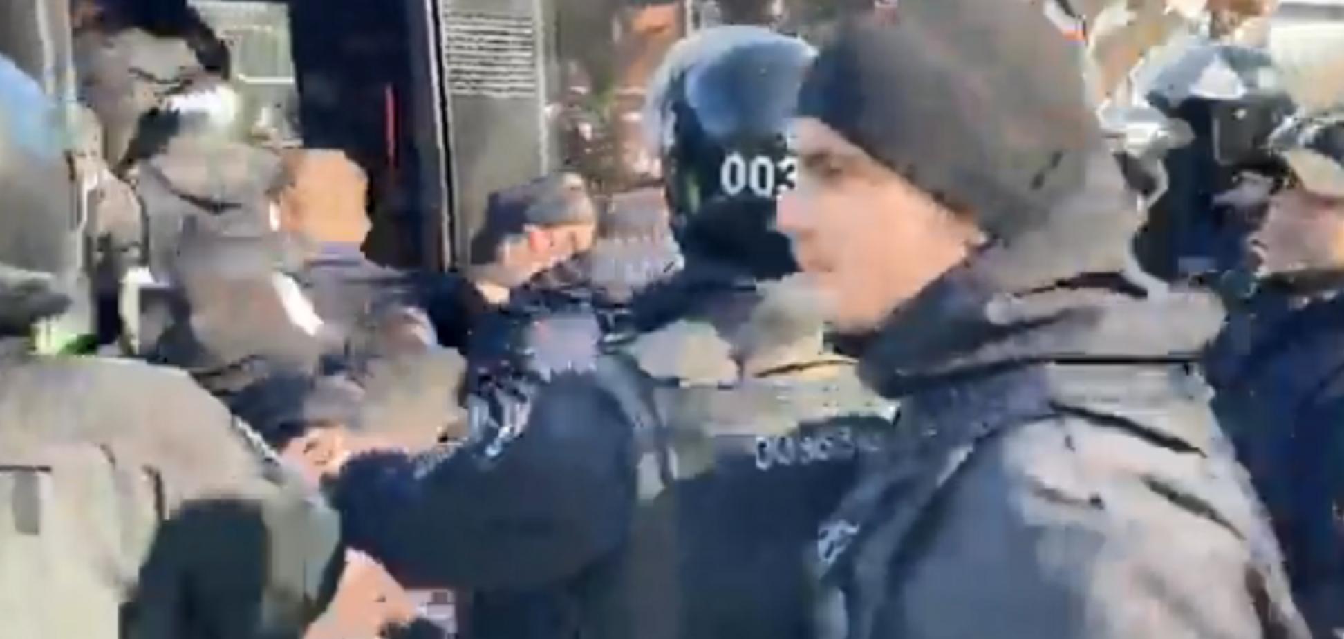 Поліція затримала учасників штовханини із Сивохом