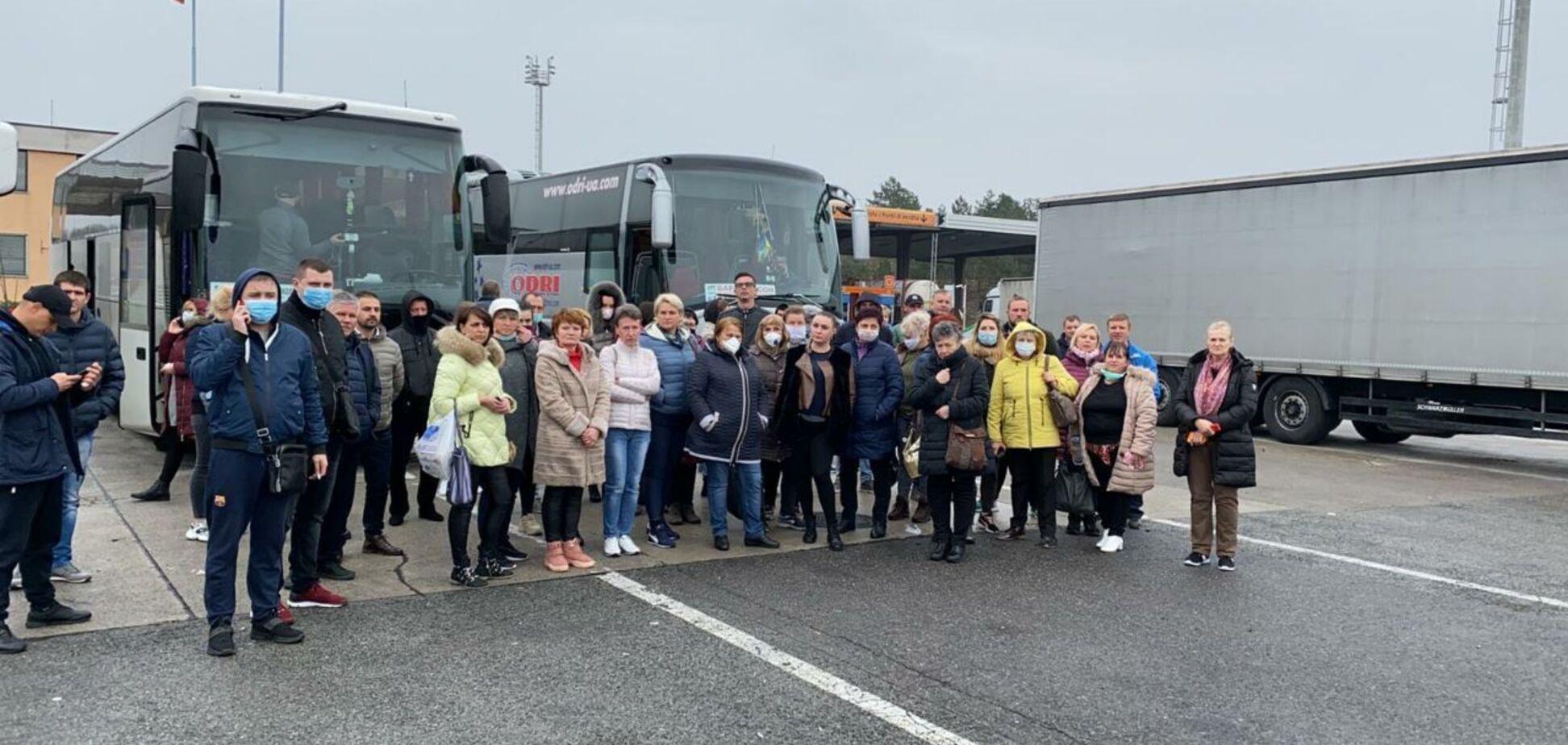 Украинцы застряли на границе Словении и Италии