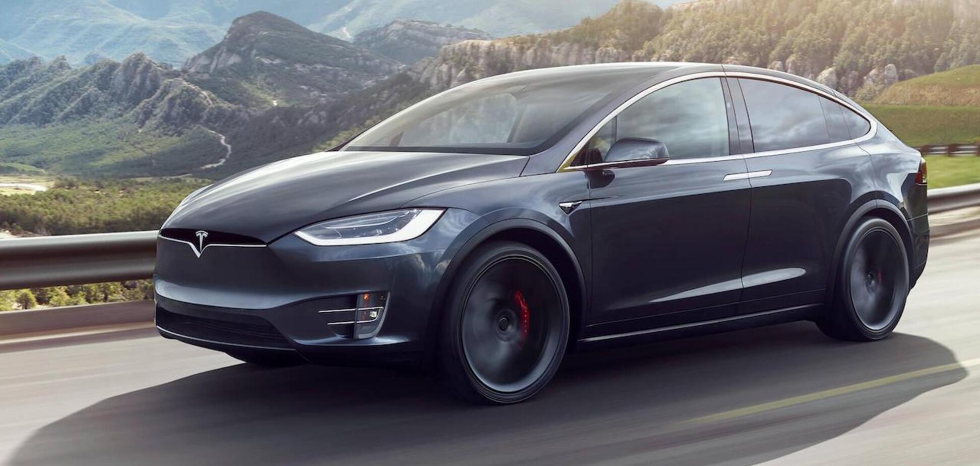 В США появились первые электрические кроссоверы Tesla Model Y