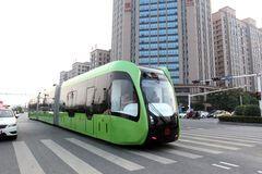 Найбільші міста світу проведуть випробування безрейкового трамвая на сонячних панелях