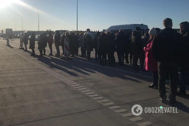 Украинцы устроили забастовку на границе с Польшей: все стоит