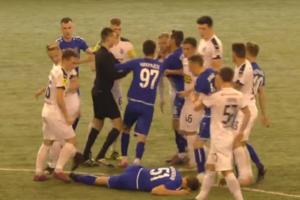 У Росії футбольний матч завершився масовою бійкою