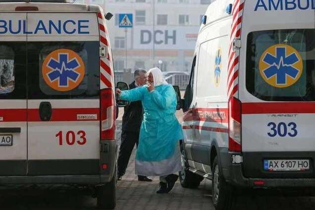 Общался с умершей на Житомирщине: раскрыты детали о заболевших коронавирусом в Киеве
