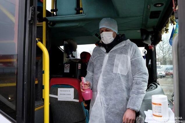 В двух областях Украины из-за коронавируса объявили режим чрезвычайной ситуации