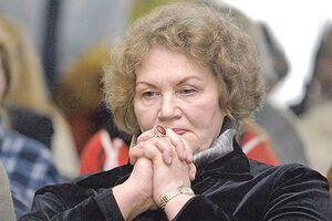 Лине Костенко – 90: лучшие стихи и цитаты поэтессы о любви