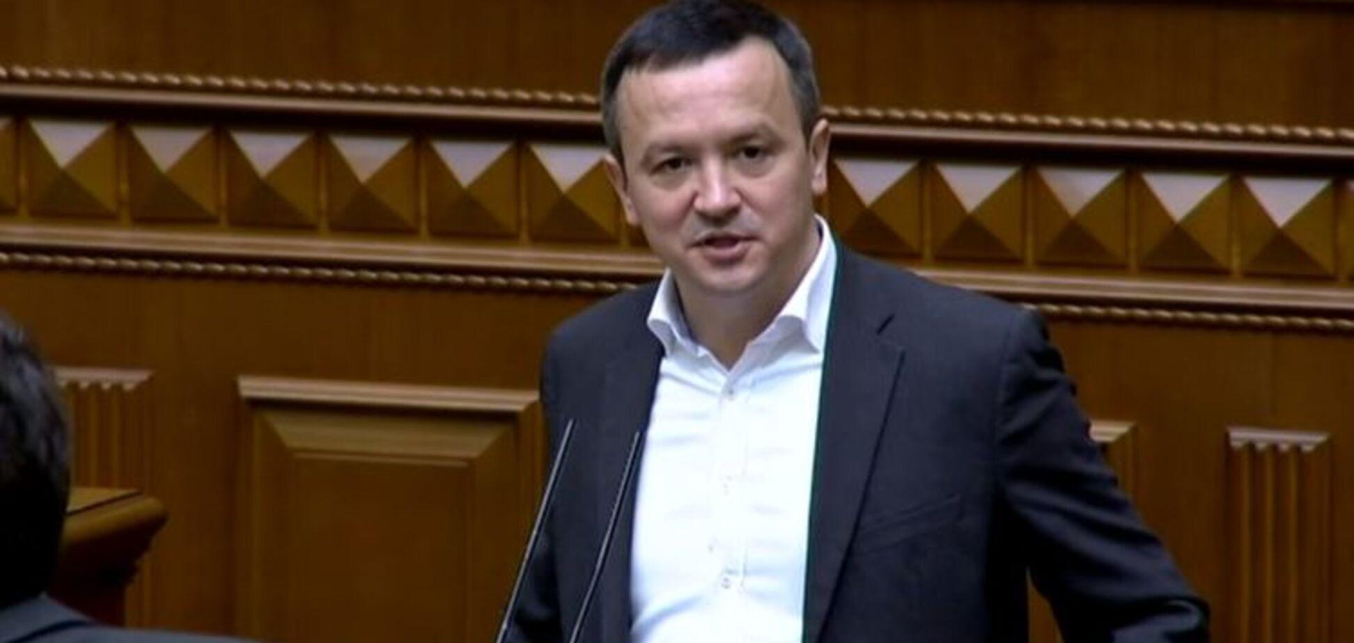 Міністр Петрашко оновив декларацію: вказав мільйони у банках і особняк