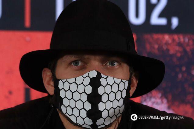 """""""Ганьбити країну"""": Усик викликав лють у мережі порадою про коронавірус"""