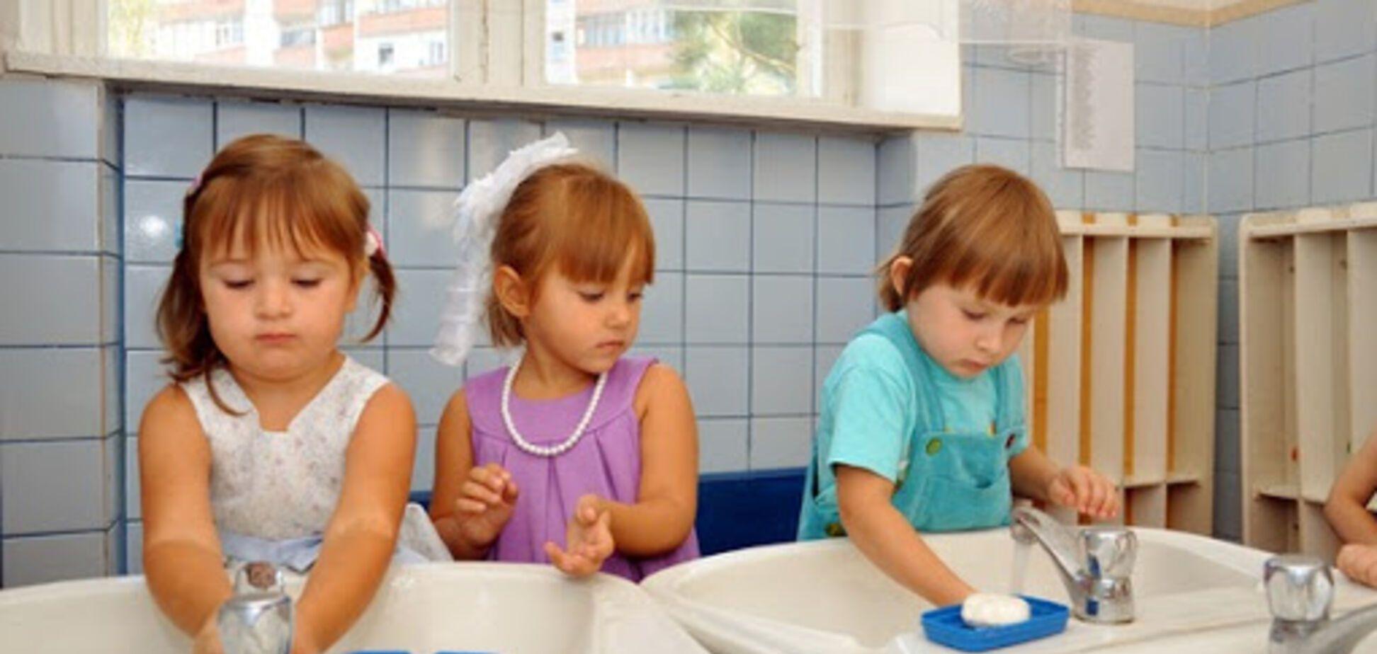 Как проверить, помыл ли ребенок руки: учительница придумала оригинальный способ