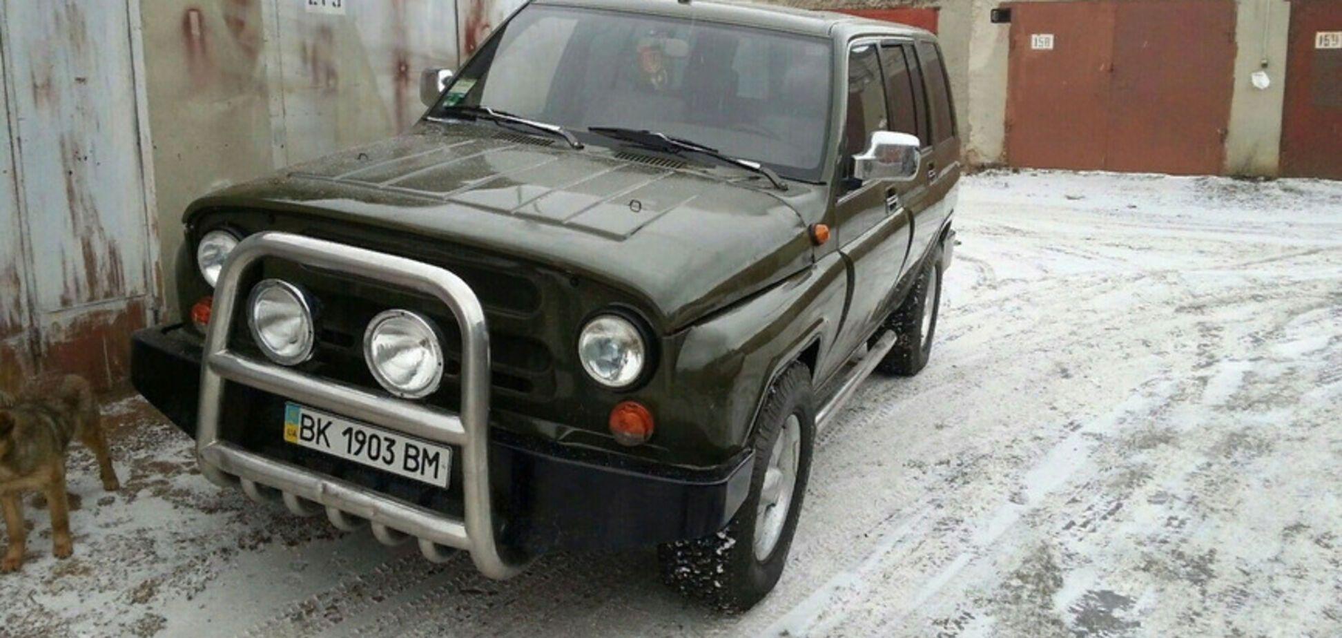 Українець невідомо чому переробив Opel на УАЗ. Фото