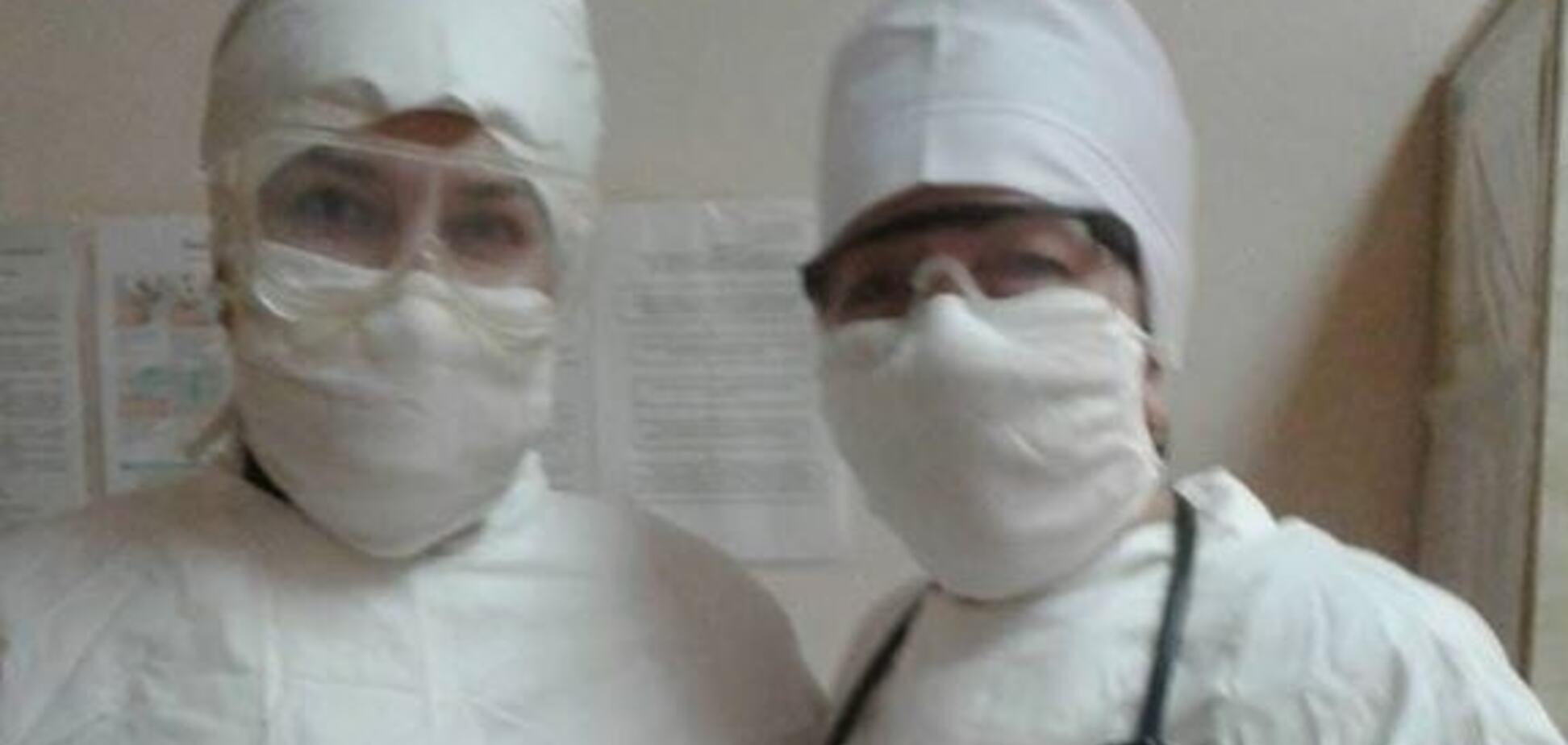 Замість захисних костюмів - старі радянські халати: так виглядають лікарі майже по всій Україні