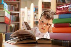 В Украине возник громкий скандал из-за школьных учебников