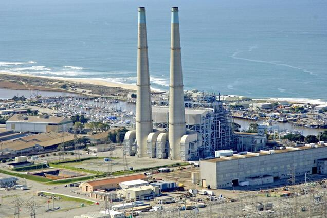 Газова електростанція Moss Landing в Каліфорнії