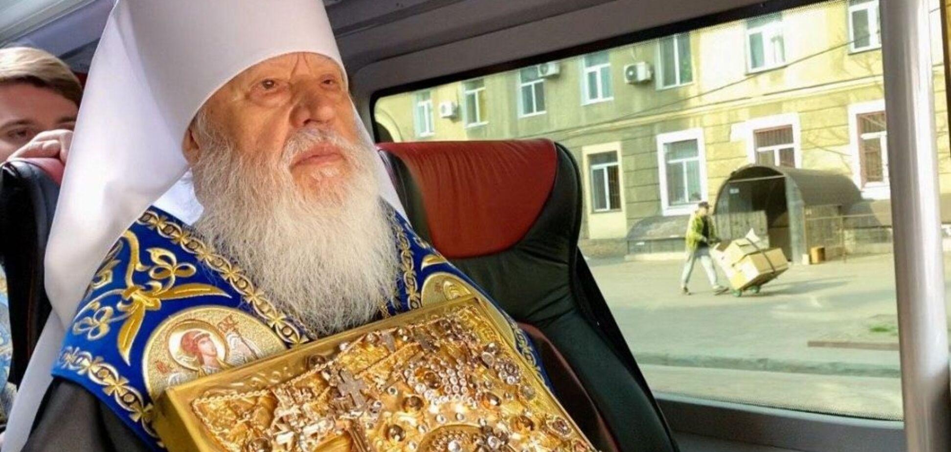 В Одессе священники с иконой объехали город, чтобы спасти его от коронавируса