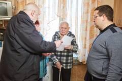 Фонд Новинського почав доставляти допомогу ветеранам на час карантину