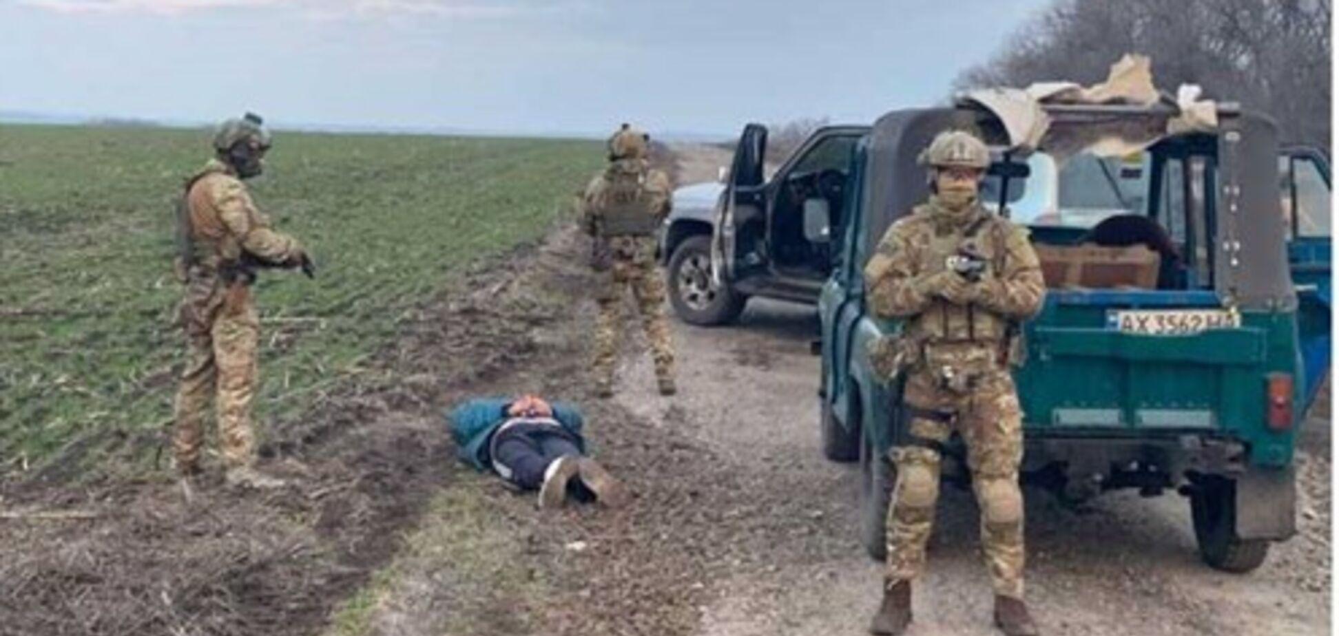 На Харьковщине разоблачили схему военной контрабанды в Россию