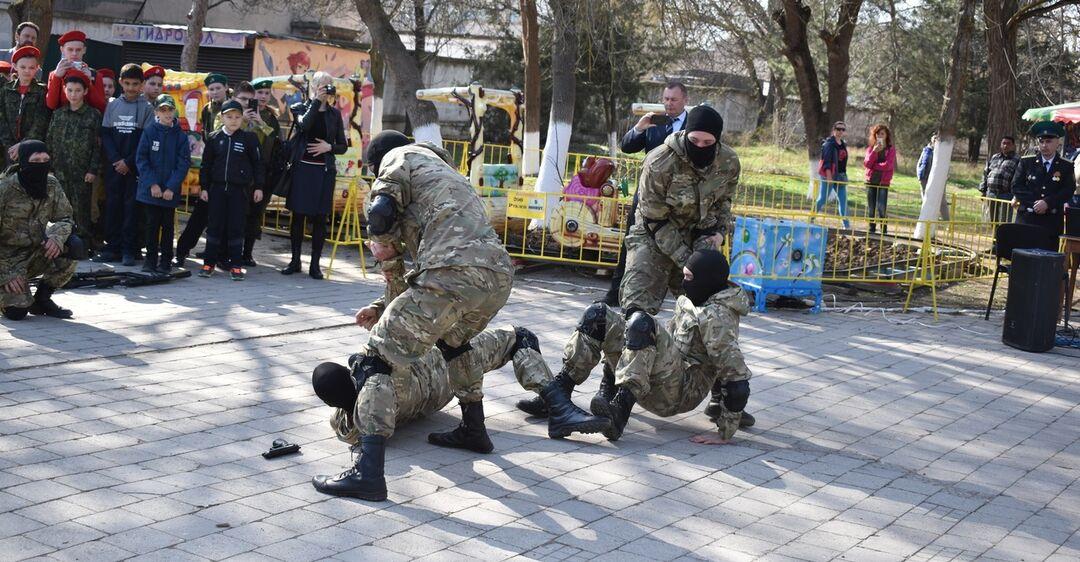 Новости Крымнаша. 'Неблагодарные, при Украине им жилось лучше, видишь ли'