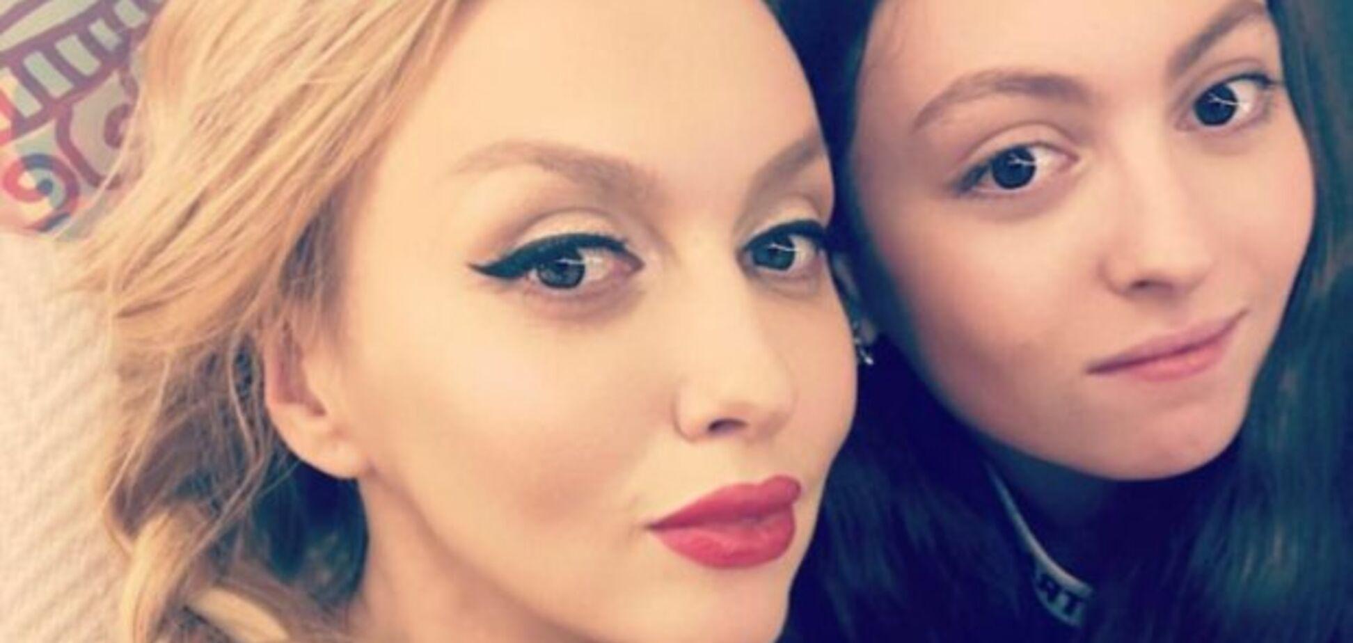 Донька Полякової отримала серйозні травми: розбила ніс і ногу