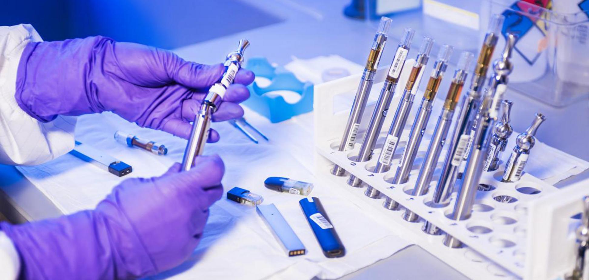 Кабмін дасть гроші українським вченим на розробку тестів на коронавірус