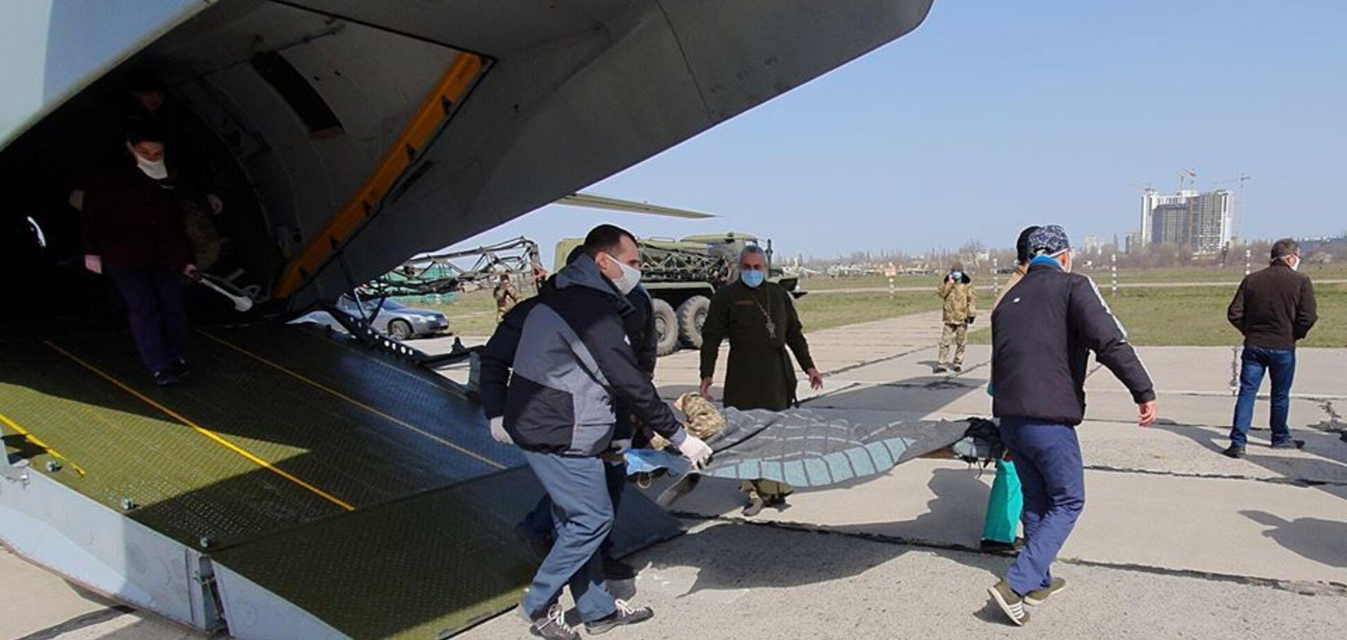 В Одесі рятують тяжкопоранених захисників України з Донбасу