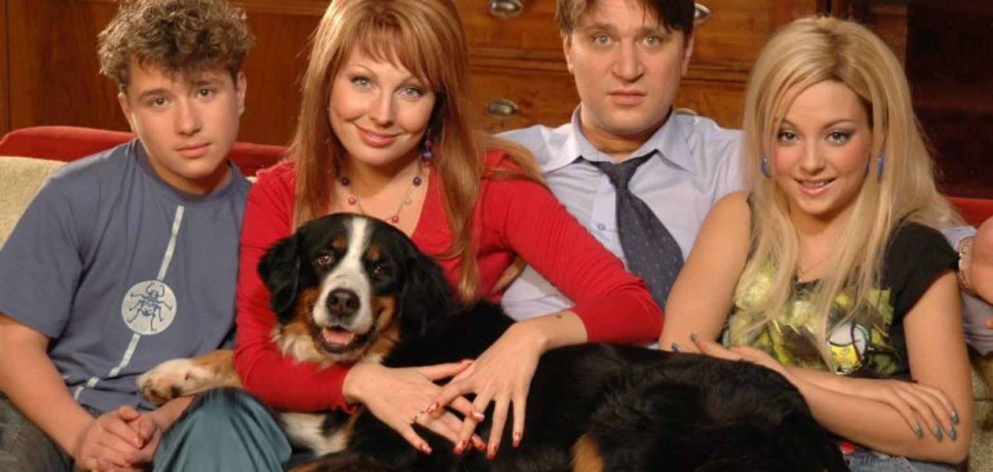 Семейка Букиных: как изменились звезды сериала 'Счастливы вместе'