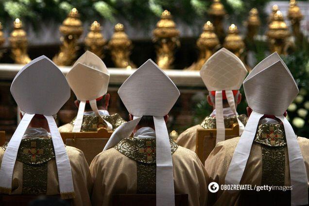 Сусід Папи Римського: стало відомо про зараження COVID-19 співробітника уряду Ватикану