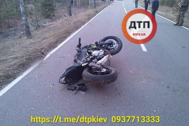 Под Киевом мотоцикл попал в ДТП