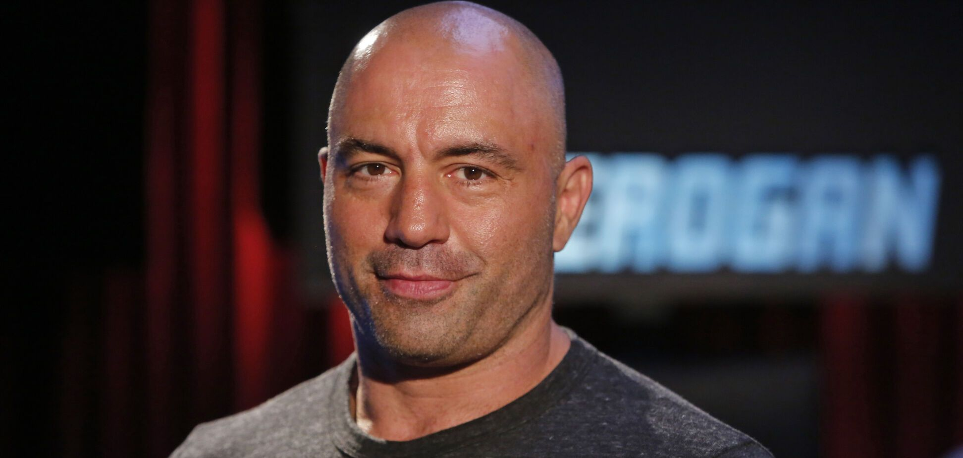 'Бой Хабиб - Фергюсон проклят': известный комментатор прошелся по UFC из-за коронавируса