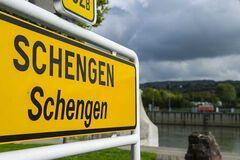 Конец Шенгенской зоны? Дипломат рассказал, как коронавирус повлияет на ЕС