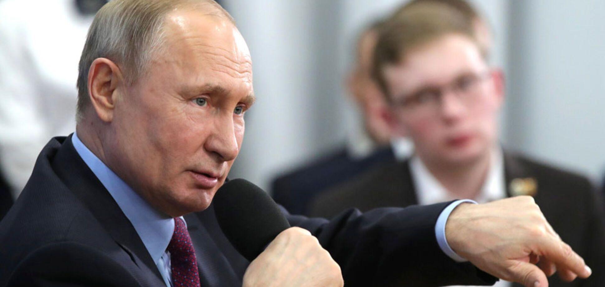 Путин доведет Россию до банкротства. Коронавирус ему поможет