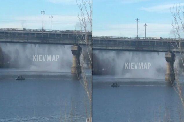 У Києві з мосту Патона полився окріп