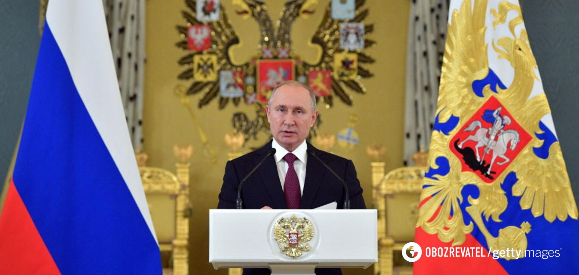Орешкин пояснил, почему Путин засуетился с Конституцией