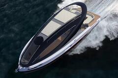 В сети появились фото и видео концепта 'зеленой' яхты для миллионеров F33 Spaziale