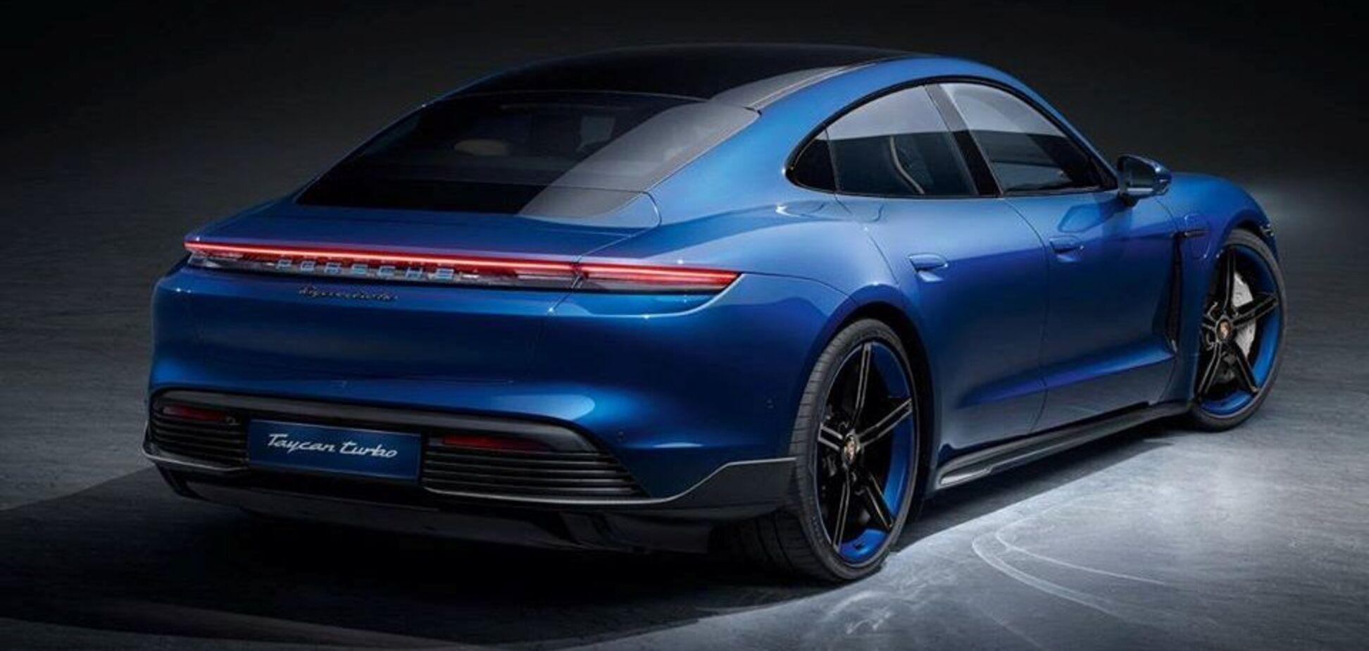 В Германии показали дизайнерскую версию Porsche Taycan с карбоновым обвесом