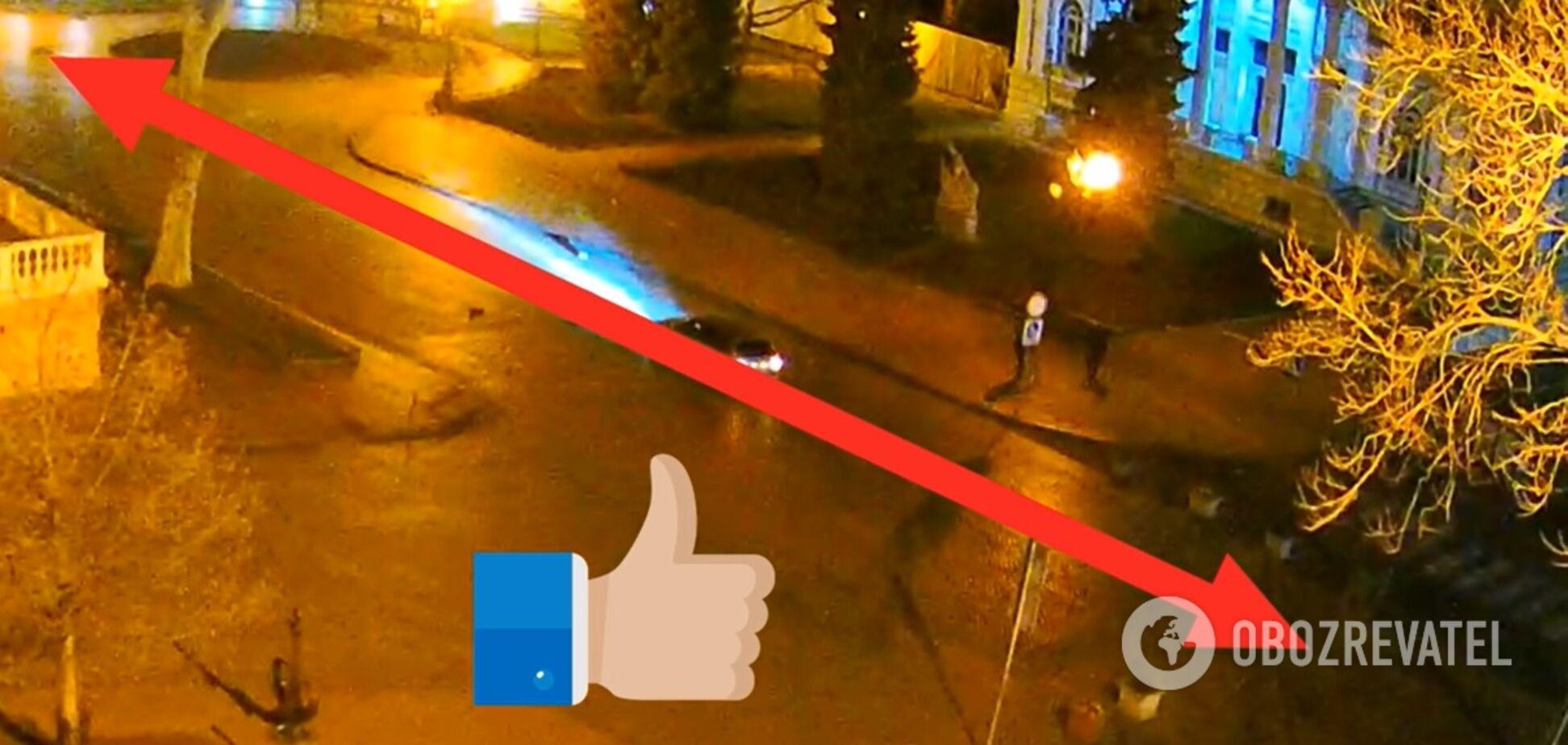 В центре Одессы автохам на BMW установил рекорд по метанию шлагбаума