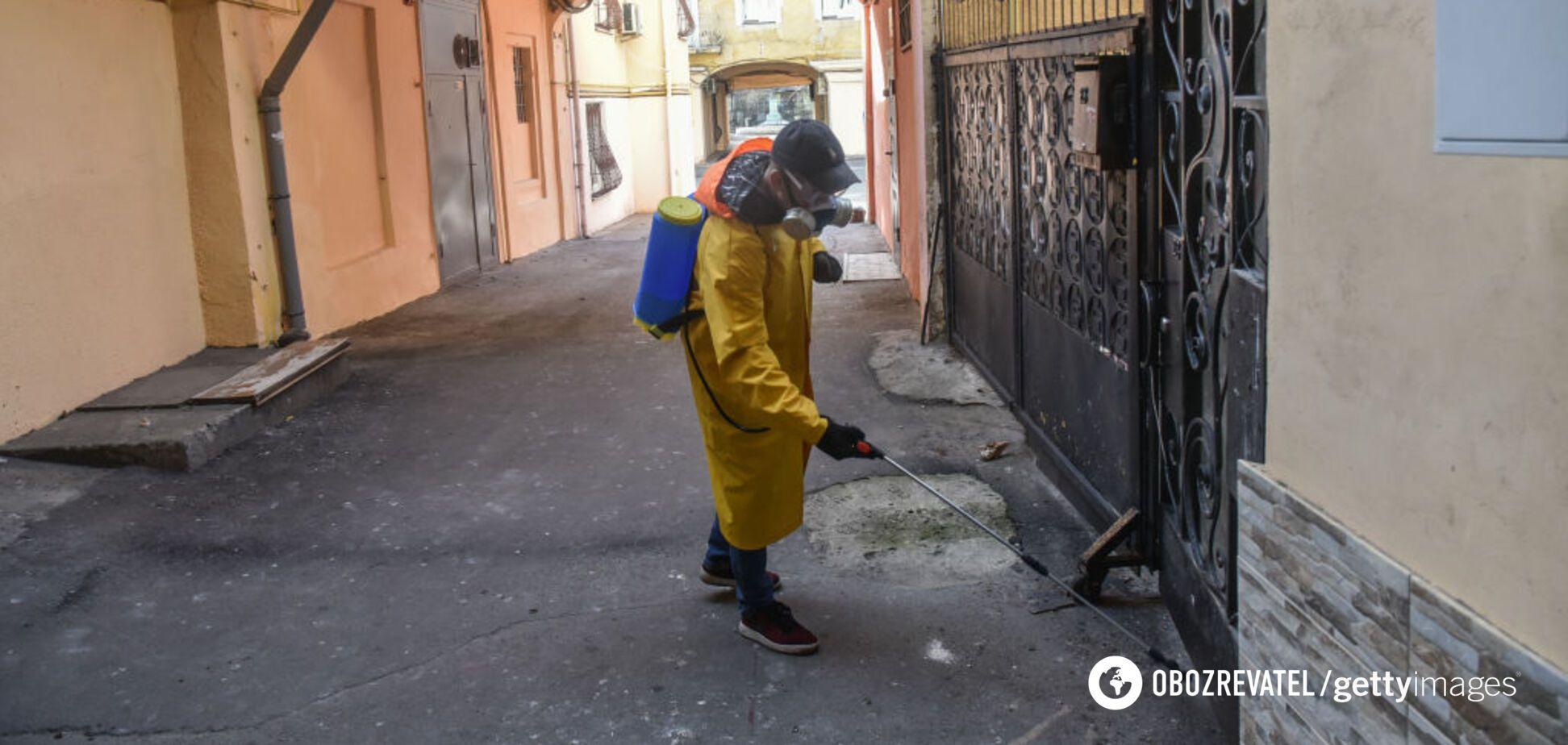 Заразилося 28 людей: у Кам'янці визначили джерело коронавірусу