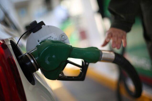 Бензин в Украине подешевеет еще сильнее