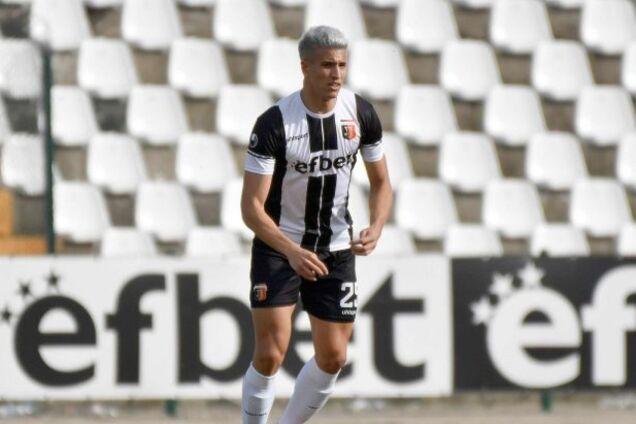 В Болгарии футболист не попал в ворота с нескольких сантиметров