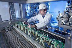 Відмова від нафти і газу? Вчені десятикратно збільшили видобуток 'зеленого' палива